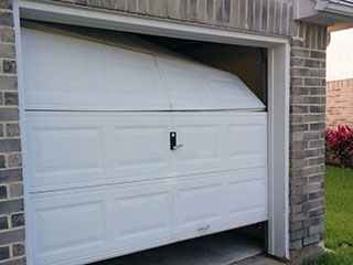 Garage Door Maintenance & Garage Door Maintenance | Garage Door Repair Naperville IL pezcame.com