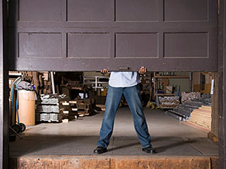 Opening a Garage Door Manually | Garage Door Repair Naperville, IL